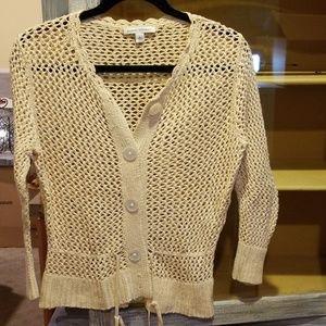 Banana Republic cream Crocheted Sweater L N66